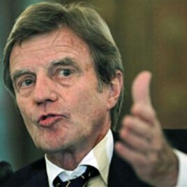 French Foreign Minister Bernard Kouchner (File)