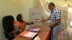 2014-06-25 美國之音視頻新聞: 利比亞舉行國會選舉
