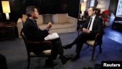 Thủ tướng Nga Dmitry Medvedev trong cuộc phỏng vấn do CNN thực hiện