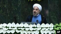 伊朗新總統穆斯林教士魯哈尼。