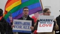 Manifestación a favor de las bodas gay en la corte federal de Norfolk, Virginia.