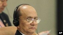 ທ່ານ Thein Sein ນາຍົກລັດຖະມຸນຕີ ມຽນມາ ຣ່ວມກອງປະຊຸມ ສຸດຍອດອາຊ່ຽນ ທີ່ກຸງຮາໂນຍ, ວັນທີ 30 ຕລາ 2010.