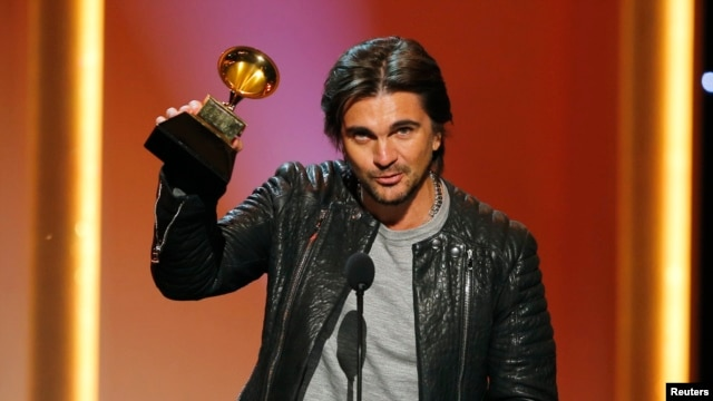 "Juanes, Grammy al mejor álbum de pop latino. ""MTV Unplugged Deluxe Edition""."