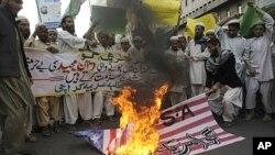 درخواست هلری کلنتن برای تجدید روابط با پاکستان