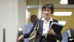 Thượng nghị sĩ Susan Collins trên đường tới cuộc họp với đại sứ Hoa Kỳ tại Liên Hiệp Quốc Susan Rice diễn ra tại Capitol Hill, Washington, 28/11/2012. (AP)