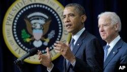 Prezident Barak Obama va vitse-prezident Jo Bayden qurol nazoratiga doir yangi takliflarni e'lon qilmoqda, Oq uy, Vashington, 16-yanvar, 2013-yil.