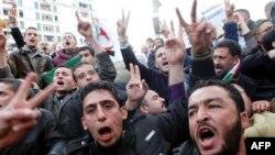 ԱՄՆ-ը և Գերմանիան Ալժիրի կառավարությանը կոչ են արել զերծ մնալ ուժ գործադրելուց