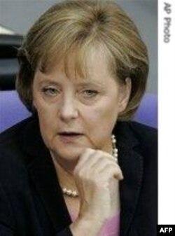 Bez reakcija na izlaganje Angele Merkel