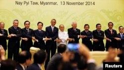 2014年11月13日在緬甸首都召開的東亞峰會。