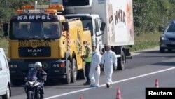 Kamion u kojem su pronađena tela 71 migranta