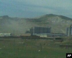 对当地造成污染的铅矿