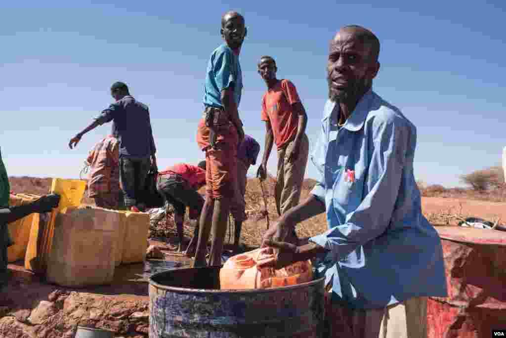 صومالیہ کو ان دنوں شدید خشک سالی کا سامنا ہے۔