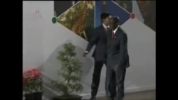 Video footage showing Zimbabwean President Robert Mugabe lose balance in India (Courtesy AP)