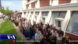 Kosovë: Radhë të gjata për t'u vaksinuar kundër COVID-19