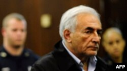 Cựu Tổng Giám đốc IMF Dominique Strauss-Kahn tại tòa hình sự Manhattan, New York