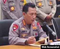 Kapolri Jenderal (Pol) Listyo Sigit Prabowo saat memberikan keterangan pers terkait peristiwa penyerangan Mabes Polri, Rabu 31 Maret 2021. (Foto: VOA)