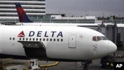 طیاره مسافربری عازم هند بعد از گزارش محموله بار مشکوک اجازه پرواز گرفت