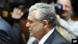 L'ex-Premier ministre Lucas Papademos, 30 janvier 2012.