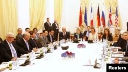 9일 오스트리아 빈에서 주요 6개국 대표들이 이란 핵 문제를 협의하고 있다.