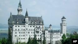 خوبصورت تاریخی قلعہ نیوشو انسٹائن ۔جرمنی