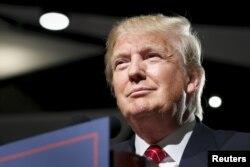 Tỉ phú Donald Trump từ chối tham dự cuộc thảo luận tại New Hampshire.