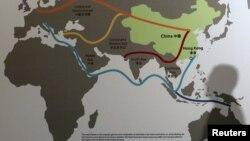 """亚洲金融论坛在香港召开时显示的中国""""一带一路""""战略地图 (2016年1月18日)"""