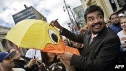 Комедійні шоу наберають популярності серед мусульманської громади США