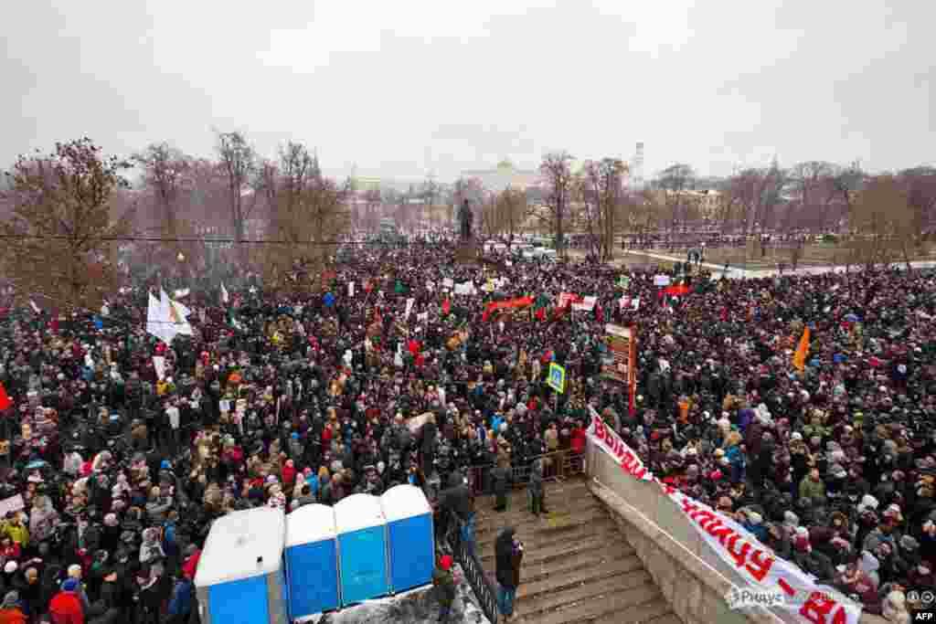 Московский митинг: «За честные выборы» с вертолета