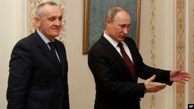 Александр Анкваб и Владимир Путин