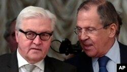 Франк-Вальтер Штайнмайер и Сергей Лавров. Москва, Россия. 18 ноября 2014 г.