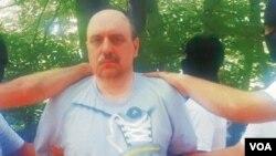 Goran Hadzic saat ditangkap di di wilayah pegunungan Fruska Gora, Serbia (20/7).