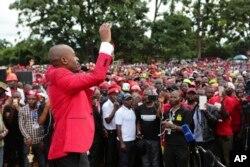 UMnu Nelson Chamisa ukhokhela elinye lamacele eMDC-T.