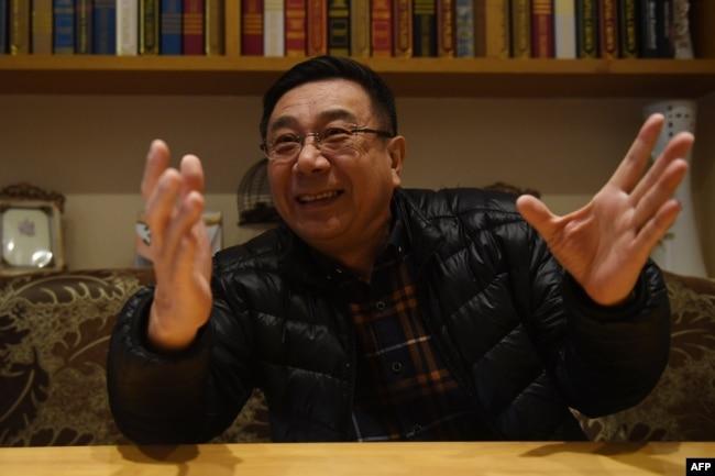 """前《中国青年报》""""冰点""""栏目主编李大同接受采访(2018年3月2日)。2月26日他在网上发出公开信,呼吁北京市全国人大代表在全国人大会议上投票否决中共中央关于取消宪法中国家主席任期限制的建议。"""