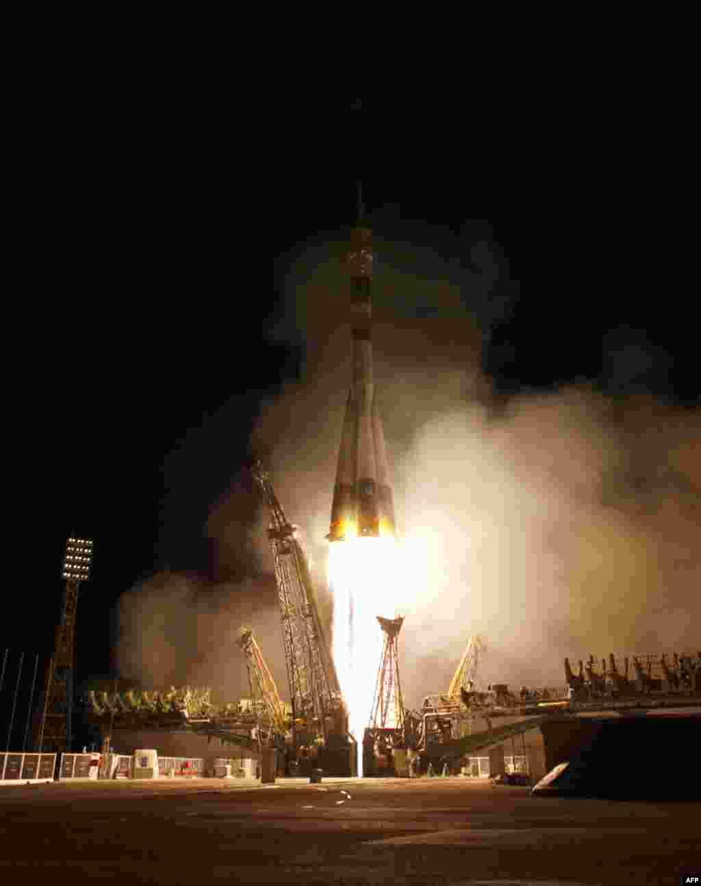Ксмодром «Байконур» 5 апреля 2011 год. Запуск космического корабля Союз ТМА-21