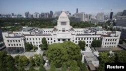 Gedung Parlemen Jepang di Tokyo (26/6). Parlemen Jepang menyimpulkan bahwa bencana Fukushima tidak dapat dipandang sebagai bencana alam.