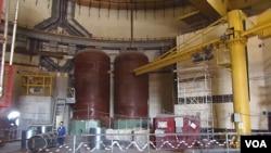俄羅斯南部沃羅涅日核電站建設中的一處機組,與中國田灣核電站相似,當地許多工程師參與過田灣核電站建設。(美國之音白樺攝)