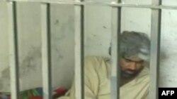 Oko 150 pobunjenika naoružanih puškama i raketnim bacačima prodrlo u jedan zatvor u Pakistanu i oslobodilo više od 380 zatvorenika