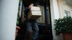 دیپلمات های ایرانی لندن را ترک کردند