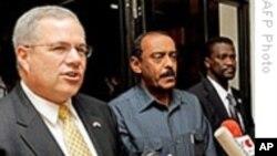 达尔富尔叛乱组织决定合作