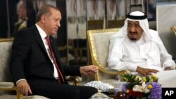 دیدار اردوغان با پادشاه عربستان سعودی در اولین روز سفر
