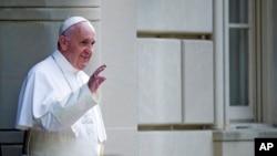 El pontífice pidió a quienes tienen en sus manos el destino de Venezuela, promover el diálogo y la colaboración.