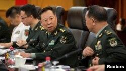 中国新参谋长李作成、前任房峰辉和美中交流,房似被调查(18图)