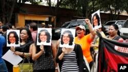 El asesinato de la ambientalista Berta Cáceres provocaron marchas y manifestaciones en Tegucigalpa para exigir justicia. Cáceres ganó el premio Goldman 2015.