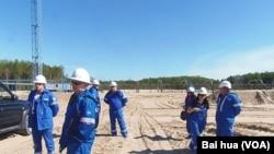 位于西伯利亚北部,俄罗斯天然气工业公司的一处油井。(美国之音白桦拍摄)