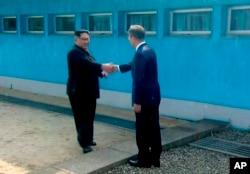 Líderes de Corea del Sur y Corea del Norte se reúnen en histórico encuentro