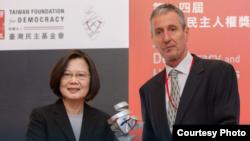 台湾总统蔡英文2019年12月10日出席第14届亚洲民主人权奖颁奖典礼(蔡英文脸书)