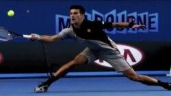 Alimlər tennis texnikalarını araşdırır