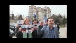"""D18 Hərəkatı """"Savçenkoya azadlıq!"""" tələbi ilə piket keçirib"""