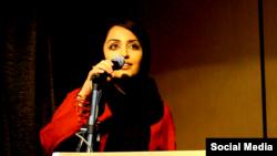 هیلا صدیقی، شاعر و نقاش ایرانی