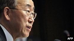 Tổng thư ký Liên Hiệp Quốc Ban Ki-moon kêu gọi Tổng thống Syria ngưng đàn áp và đề ra những cải tổ
